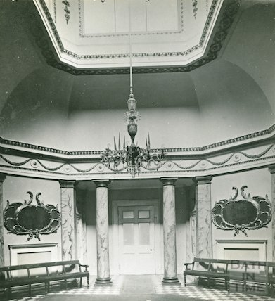 Assembly Rooms, the small Octagon Room before restoration, c.1920s