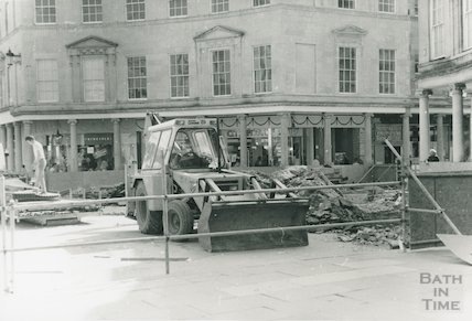 Bath Street Development, Removal of Mineral Water Fountain, Stall Street end, June 1988