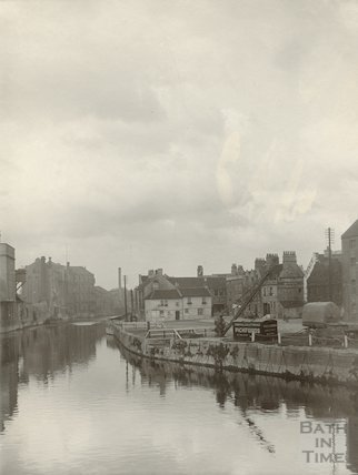 Broad Quay from the Old Bridge, October 1922