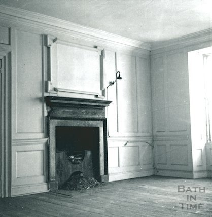 Fireplace, 10 Helting Place, Chapel Court, 1st Floor, May 1964