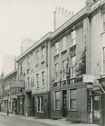 40 Walcot Street showing 'Three Cups', 1936