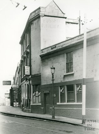 The Beehive Inn, Walcot Street, c.1930