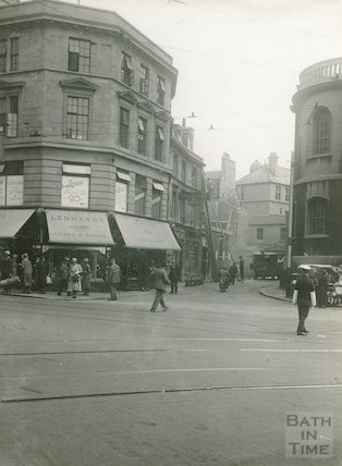 Weymouth Street on the corner of Stall Street, showing Lennard's Boot Shop, 1933
