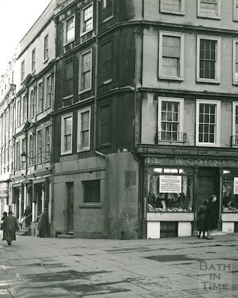 W Cornish, on the corner of Abbey Church Yard and Cheap Street, bath, c.1956