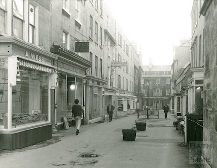 Margaret's Buildings looking towards Brock Street, 1971
