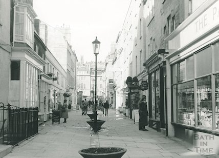 Margaret's Buildings looking towards Catharine Place, 1987