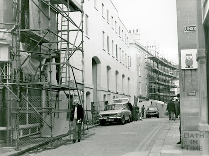 Upper Borough Walls at the junction with Union Passage, mid 1982