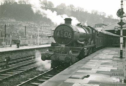 Castle class No.4077 Chepstow Castle at Bath Spa Station, c.1960s