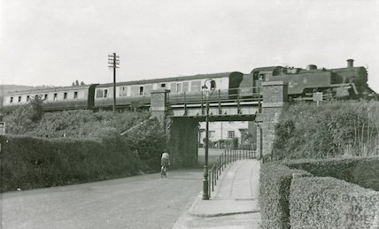 Bristol Temple Meads to Bath Green Park train at Rudmore Park, Brassmill Lane, c.1960s