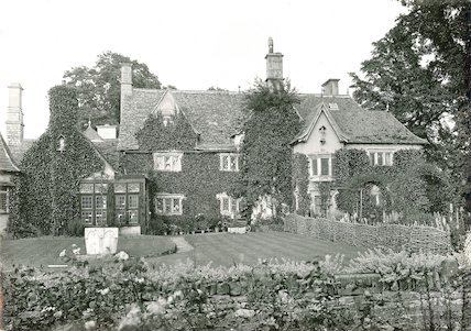An unidentified fine country house, c.1920s