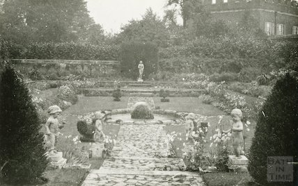 Gardens at Hampton Court Palace, c.1920s?