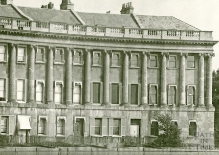 The eastern end of Royal Crescent, Bath, c.1940s