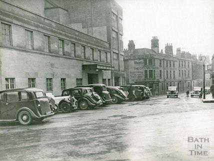 Corn Street looking towards J.B. Bowlers, c. late 1930s