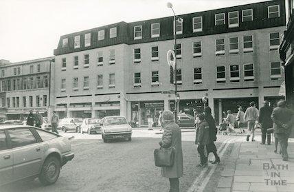 The Harvey Block, High Street, Bath, taken from Bridge Street, 1987