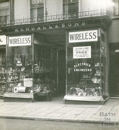 View of Kendall and Sons shop window, 21, Milsom Street c.1930