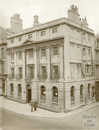 Lloyds Bank Ltd., 47, Milsom Street, Bath c.1903