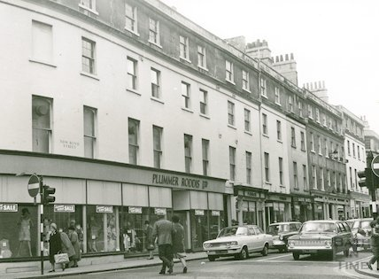 Plummer Roddis closing down sale, New Bond Street, Feb 1971