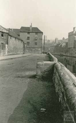 New Quay, riverside, Bath, c.1930?