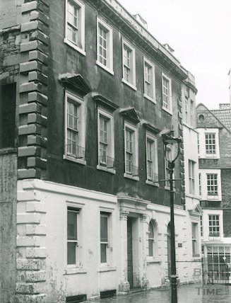Salvation Army Hostel, North Parade Buildings (Gallaway's Buildings), 28 January 1975