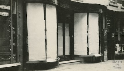 No.7 Old Bond Street shop front from east side, c.1915