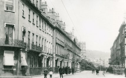View towards Empire Hotel, Pierrepont Street, c.1915