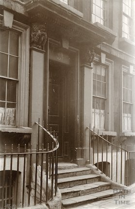 Doorway to 3, St. James's Street (South), Bath c.1910?