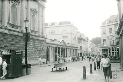 King & Queens Bath entrance, Stall Street, 1986