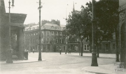 Corner looking east towards North Parade, Terrace Walk, c.1915