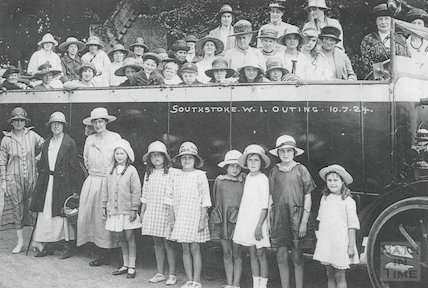 The Southstoke Women's Institute (WI) Outing, 10 July 1924