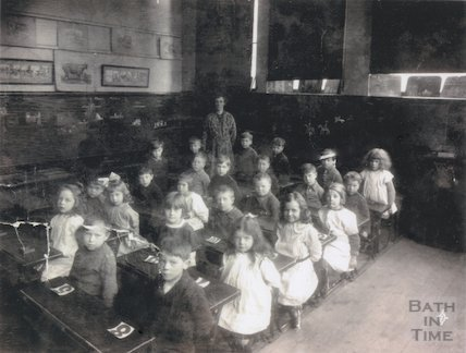 Class at Monmouth School, Bath, 1922