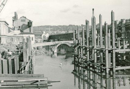 The demolition of the Old Bridge, Bath, 1964