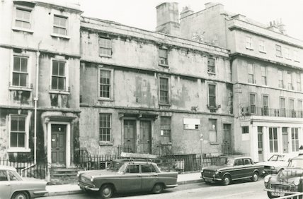 25a to 28 Monmouth Street, 17 February 1975