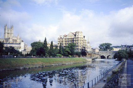 View of the Empire Hotel and Parade Gardens across the River Avon, c.1980s