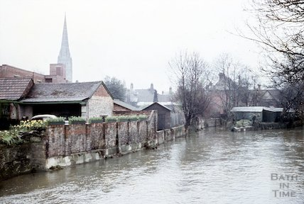 The river and view of Salisbury Cathedral, c.1960s