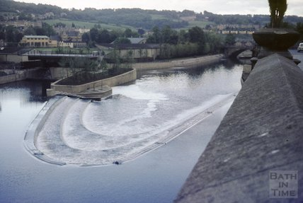 The new weir and flood prevention scheme, Bath, 1972