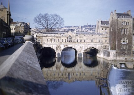 View of Pulteney Bridge from Grand Parade, Bath, c.1959