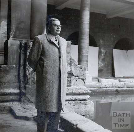 A visit to the Roman Baths, c.1940s