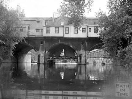The rear of Pulteney Bridge, Bath, c.1960s
