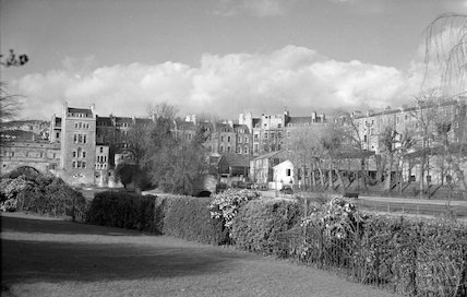 View of the ruined Bathwick Mill and Pulteney Bridge from Parade Gardens, c.1960s