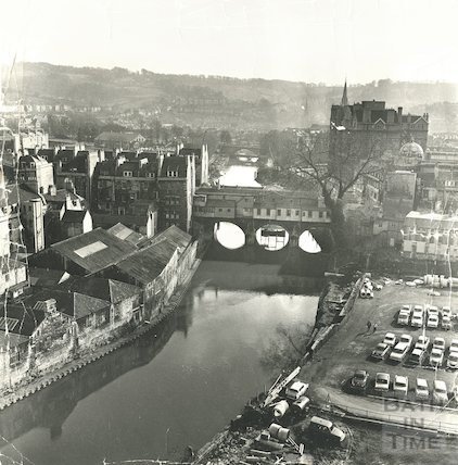 View of the rear of Pulteney Bridge and Northgate Street car park from above, 28 December 1971