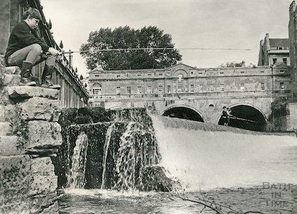 Fishing on the Pulteney Weir, Bath c.1960