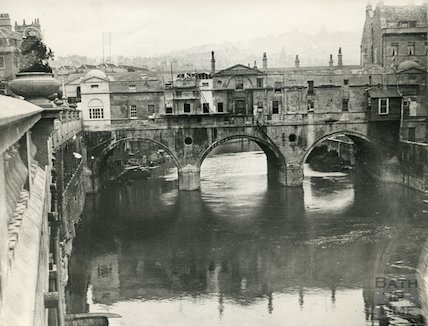 Renovation Work on Pulteney Bridge, Bath, c.1903