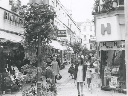 Northumberland Place from Union Passage, Bath, August 1973.