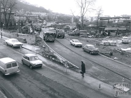 Construction of the Widcombe Relief Road, Claverton Street, 16th January 1975.