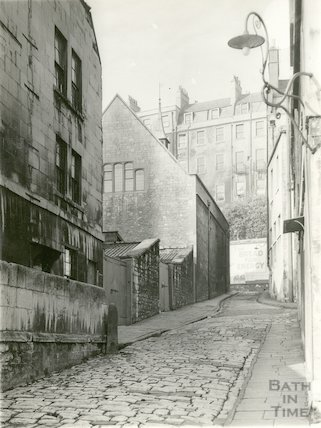 Old Orchard Street looking to the rear of St. Michael's Church House, Walcot Street, 1936.