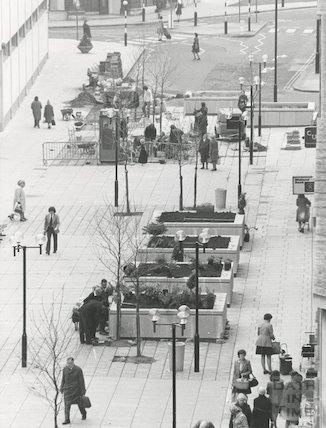 Southgate Shopping Precinct, Southgate Street, 1975
