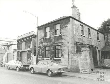 15-16 Crescent Lane, back of Royal Crescent Hotel, November 1981