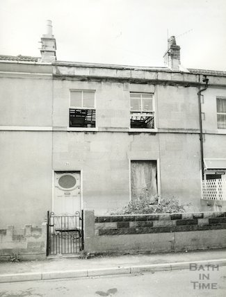21 Oak Street, off Lower Bristol Road, Bath 20 October 1982