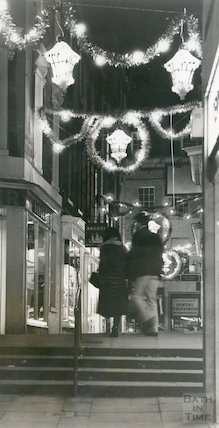 Christmas Lights looking from Union Passage to New Bond Street Place, 8 December 1980