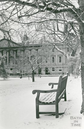 Queen Square in Snow, 16th January 1985